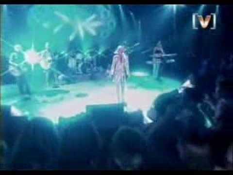 Geri Halliwell - Circles round the moon (live)