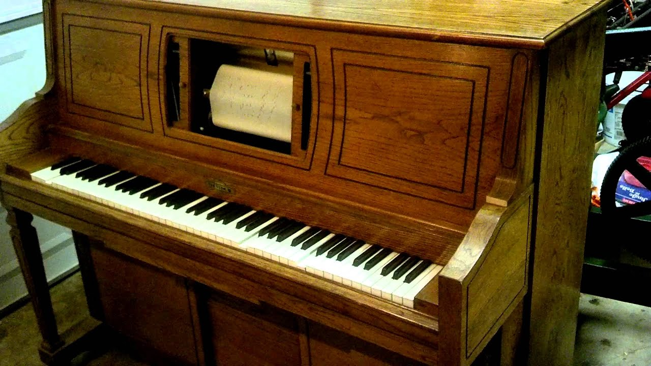 "Player piano ""The Entertainer"" - YouTube"