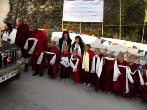 Welcoming H.H. Taklung Tsetrul Rinpoche at Gonjang Monastery