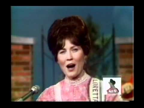 Loretta Lynn - These Boots Are Made For Walkin