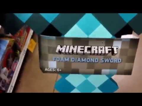 "MINECRAFT ""Foam Diamond Sword"" Soft Foam Mining Tool Weapon / Toy Review"