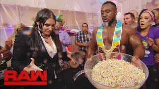 The New Day's record-breaking celebration takes a chaotic turn: Raw, Dec. 12, 2016