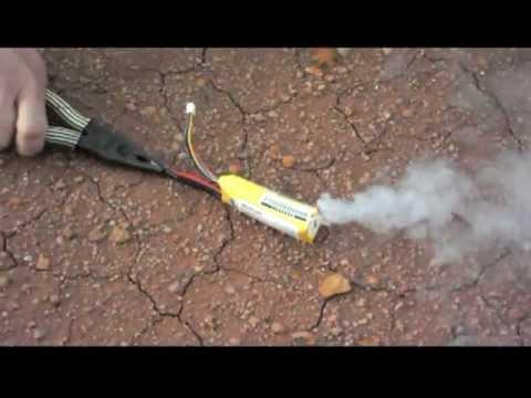Bateria LiPo em curto - Perigo.mpg