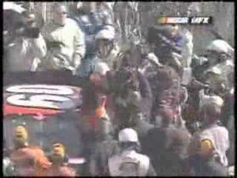 Kevin Harvick (leaps car) - Greg Biffle fight Bristol 3/02 Video