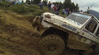 Mercedes  G Wagon extreme Mud climping