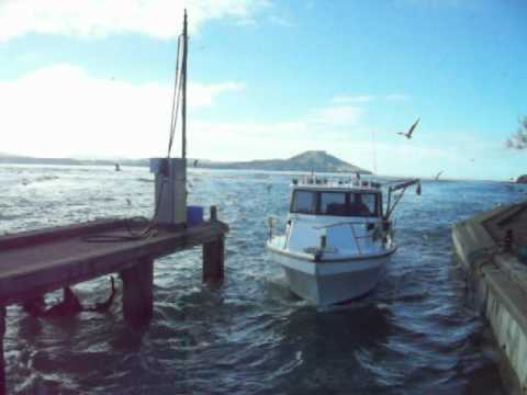 BRIAN FIELDS RADIO HAM KARITANE FISHING BOAT.MOV