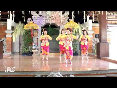 Anak Bali Meli Sambuk Di Dawan