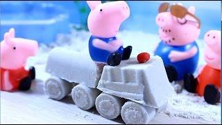 свинка пеппа.  Мультики. Пеппа и Джорж делают машинку из песка.  Peppa Pig.