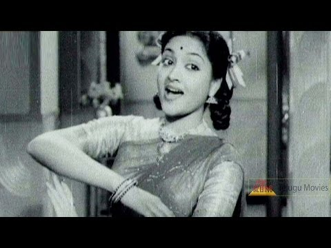 Glamour Queen Vijayanthi Mala Classical Dance -Sundaranga Maruvagalenoy...