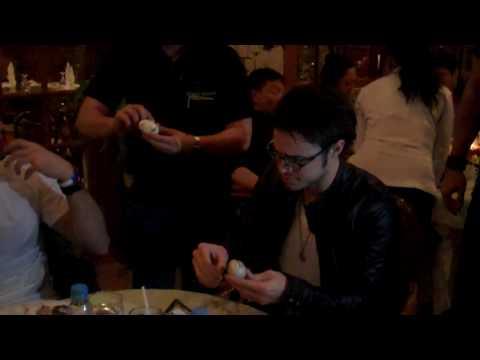 Kris Allen eats Balut