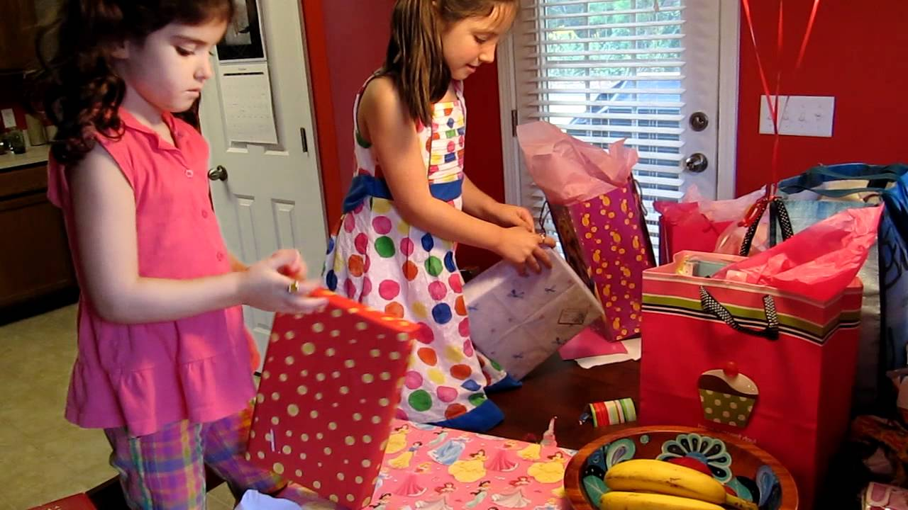 Scarlett Opens Presents for Her 6th Birthday - YouTube