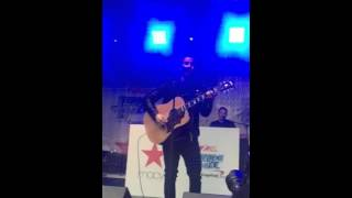 Nick Jonas Chains Acoustic 10/5/15 Macy
