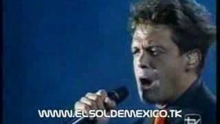 Watch Luis Miguel Si Te Vas video