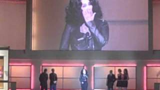 Cher Accepting Glamour Women of the Year Award (08.11.2010)