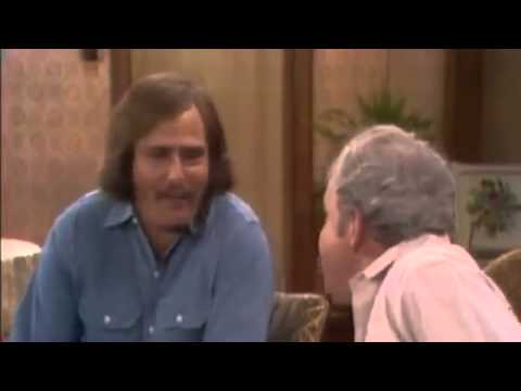 1 All in the Family   S3E01, Archie and the Editorial
