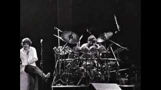 Watch Moody Blues Veteran Cosmic Rocker video