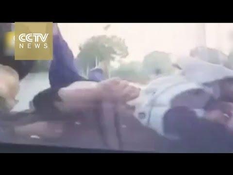 Chinese driver kills 3, endangers 7-year-old daughter in shocking crash