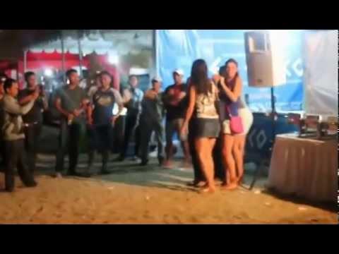 Tarian Erotis Dan Seksi Di Pantai Kuta Bali video