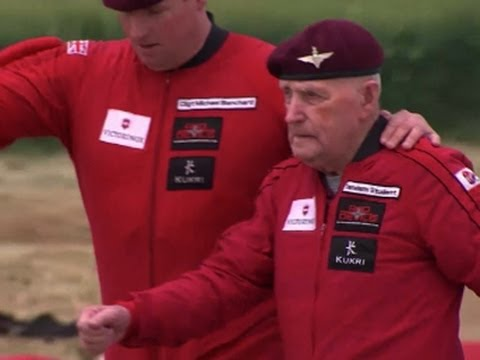 89-year-old D-Day Vet Parachutes From Plane