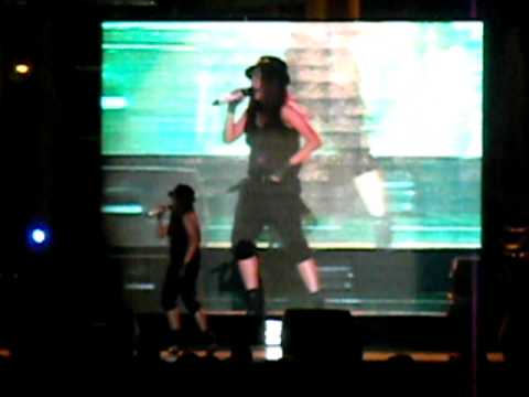 Charice singing Baby by Justin Bieber live at Fort Bonifacio, Taguig City, Manila