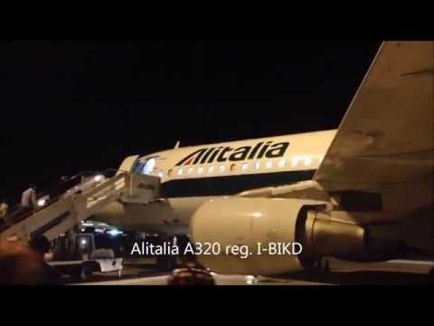 Alitalia Airbus A320 Roma Fiumicino FCO a Venezia VCE night full flight