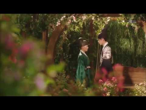 [CUT] First Kiss Scene - Moonlight Drawn by Clouds or Love in the Moonlight EP.7 thumbnail
