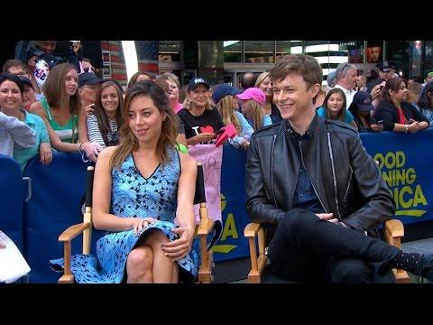 Aubrey Plaza, Dane DeHaan Interview 2014: Actors Star in 'Life After Beth'