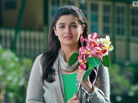 Shanaya Greets Abhimanyu - Student Of The Year