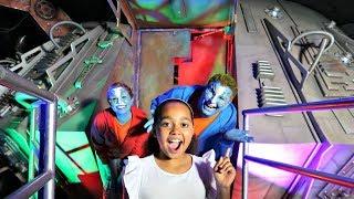 TIANA'S ALIEN SPACESHIP!! Pretend Play | Toys AndMe