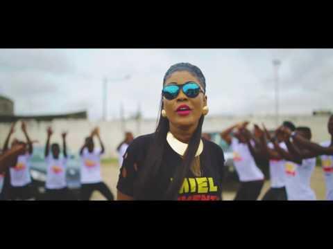 DORIANE ''Miel Pimenté'' clip officiel
