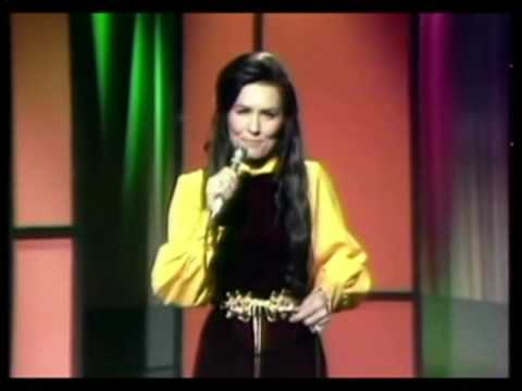 Loretta Lynn - I Wanna Be Free