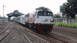 Kompilasi KA Pagi @ PJL & Stasiun Purwosari