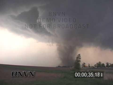 5/11/2000 Fairbanks Iowa Tornado Video