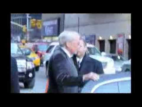 Tom Brokaw outside Letterman Show