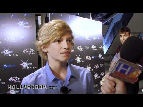 Cody Simpson The New Justin Bieber? Video
