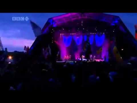 Amy Winehouse 2008 in Glastonbury - full concert.