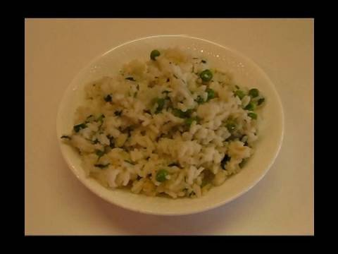 Betty&#8217;s White Rice and Green Peas Recipe