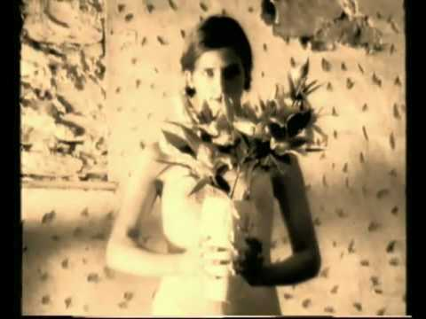 Maria Mckee - If Love Is A Red Dress
