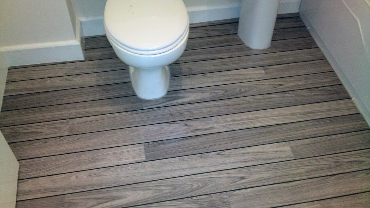 Quick step lagune ur 1205 grey teak shipdeck laminate for Grey bathroom laminate flooring