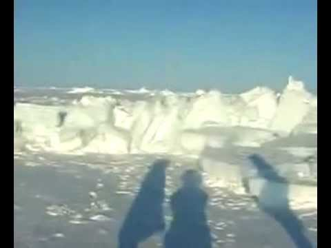 NORTH POLE ICE CRACKING (global warming, Arctic, climate)