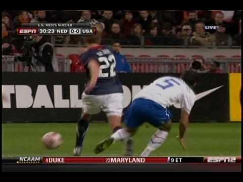 Stuart Holden injury vs Holland (3-3-2010)