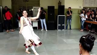 Salam-E-Ishq Meri jaan @ IEC INNOVISION 2K18 (SOLO DANCE- female).    #echosmart