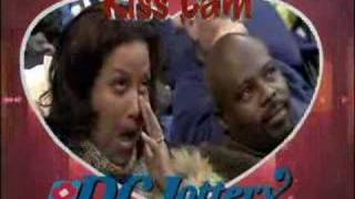kiss cam_ watch until the end!