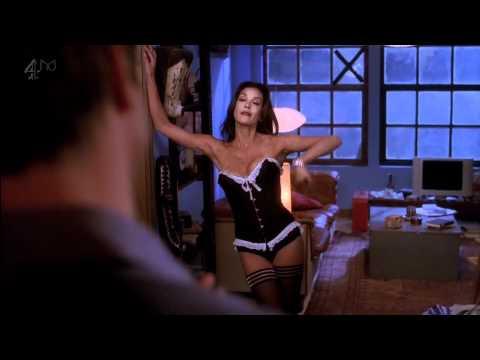 Teri Hatcher strips down to her sexy underwear
