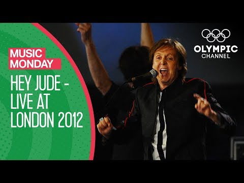 Paul McCartney - Hey Jude - Live At London 2012 | Music Monday