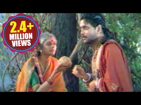 Annamayya Scenes - Alivelu Mangamma Came At Annamayya - Nagarjuna, Suman, Bhanu Priya video