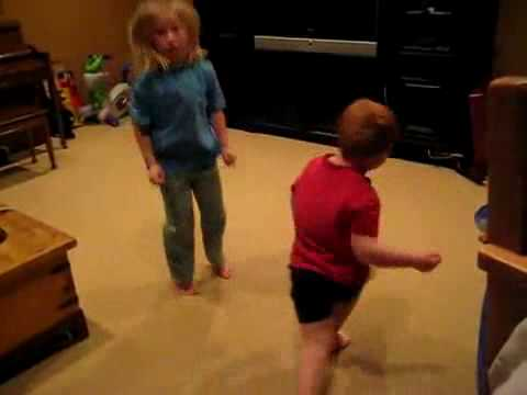 Kids Dancing To Apple Bottom Jeans By T-pain video