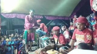 download lagu Samboyo Putro Lagu Goyang Walang Kekek & Ojo Nguber gratis