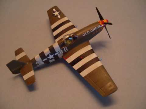 ACADEMY 1/72 P-51 B & D - A Double Building Review