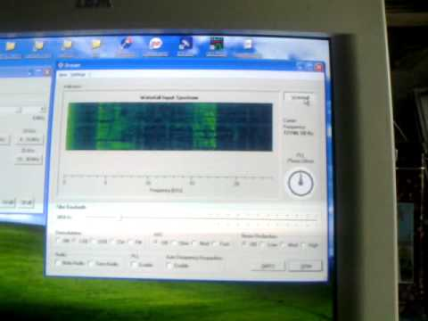 ELEKTOR SDR DREAM Listening to Ham 40 meter.mp4